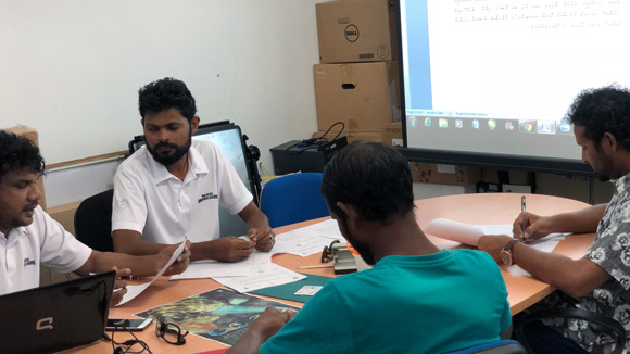 Olhugiri Management Plan discussions with Atoll Council